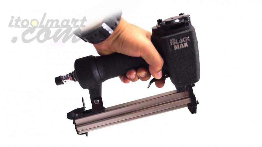 ปืนยิงตะปูลม ขาคู่ แม็กลม BLACK MAX รุ่น 1022J